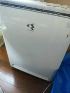 愛媛県松山市古三津 M様邸エアコンクリーニング、空気清浄機クリーニング