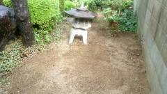 松山市南江戸 Y様邸お庭の草引きさせていただきました。